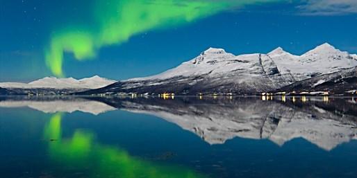 £219pp -- Iceland Break w/Northern Lights Tour, 50% Off