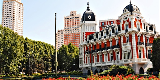 Spain & Portugal 8-Nt. Trip incl. Tours & Air, From New York City