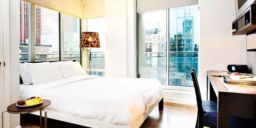 £111 -- Toronto 4-Star Hotel inc Breakfast & Extras, 36% Off