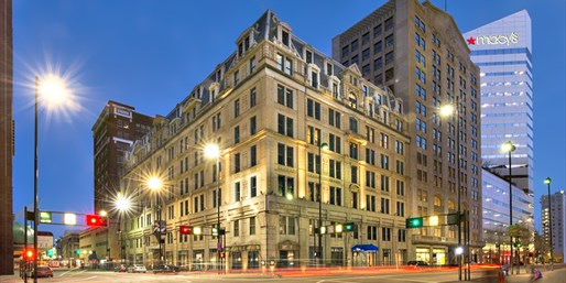 Travelzoo Deal: $149 -- The Cincinnatian Hotel w/Breakfast & Valet, 50% Off