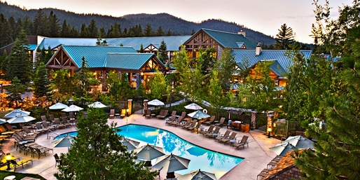 $149 -- Yosemite 4-Star Escape incl. Breakfast, Reg. $259
