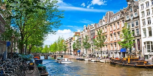 £149pp -- Amsterdam 3-Nt Break w/Flts & Tour, up to 43% Off