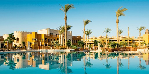 £399pp -- Hurghada: Makadi Bay 5-Star All-Inc Beach Holiday