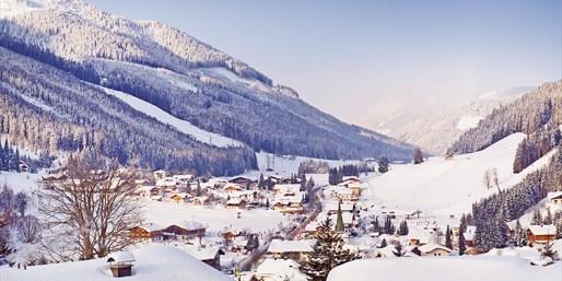 £399pp & up -- Austria: Deluxe Ski Week with Flights & Meals