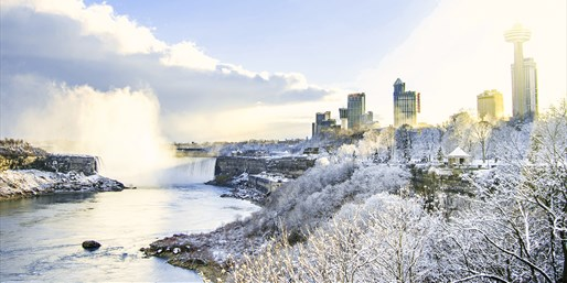 $79 -- Niagara Falls Renovated Hotel w/ Breakfast, Save $89