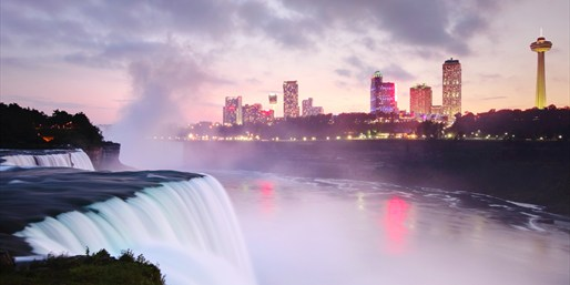 $127 -- Niagara 4-Star Hilton Wine & Dine Escape, 50% Off