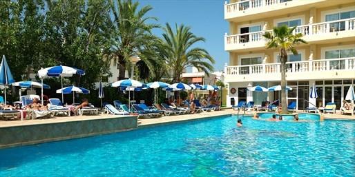 222-255 € -- Mallorca zur Mandelblüte mit Auto & Flug