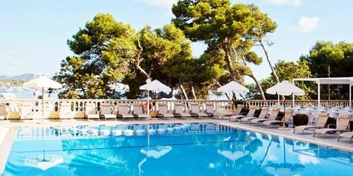 ab 399 € -- Mallorca: Sommerwoche mit Halbpension & Flug