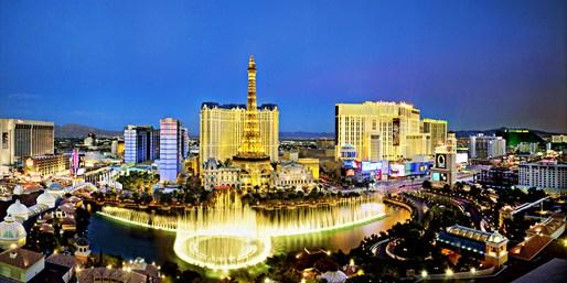$583 -- Vegas: 3-Nt 5-Star Paris Resort Trip w/Montreal Air