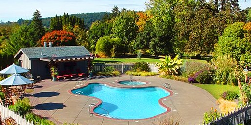 $149 -- Willamette Valley 2-Night Escape w/Dinner & Tastings
