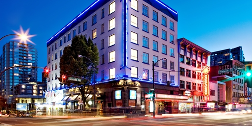 Travelzoo Deal: $69 -- Downtown Vancouver Hotel w/Breakfast, Reg. $140