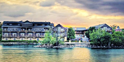 $129 -- Geneva: Charming 4-Diamond Inn near Chicago, 55% Off