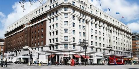 216€ -- Londres: hotel 4* junto a Hyde Park y crucero, -51%