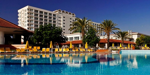 £599pp -- Last-Minute 5-Star Luxury N Cyprus All-Inc Week