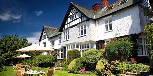 £149 -- Gourmet Lake District Getaway inc Dinner, Was £258