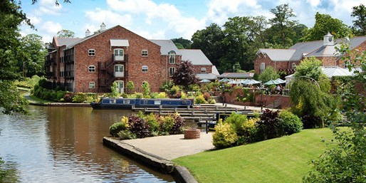 £109 -- Shropshire Waterside Canal Stay w/Dinner, Was £159