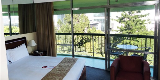 £55 -- Central Brisbane Hotel w/Extras, Save up to 48%