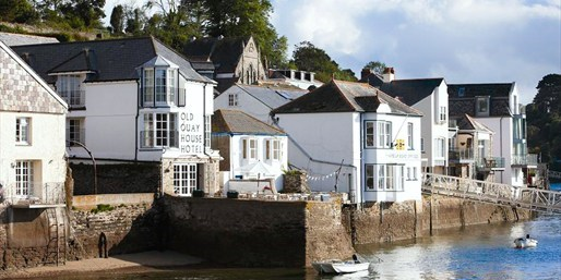 £159 -- Boutique Cornwall Hotel w/Meals & Bubbly, Was £279