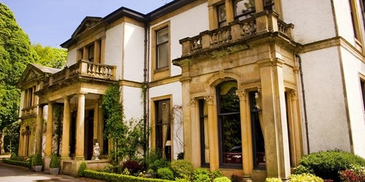 £110 -- Aberdeen Mansion Stay w/2-AA-Rosette Dinner, 50% Off