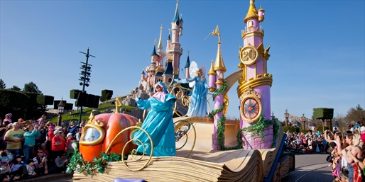 £242pp -- Disney Family Break w/Free Meals & Child Places