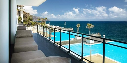 £399pp -- Madeira 5-Star Holiday with Meals at 5 Restaurants