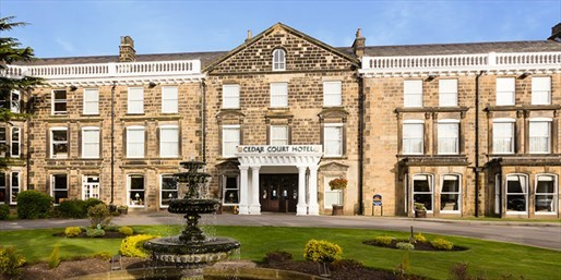 £89 -- Harrogate: Grade II-listed Hotel Stay w/Meals & Fizz