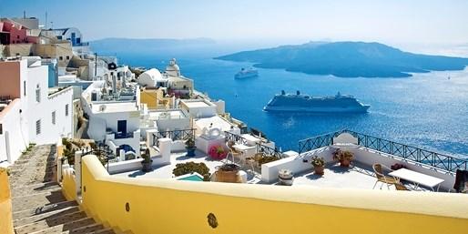 £599pp -- 7-Nt Med Cruise w/Balcony & 3-Nt Lake Garda Stay