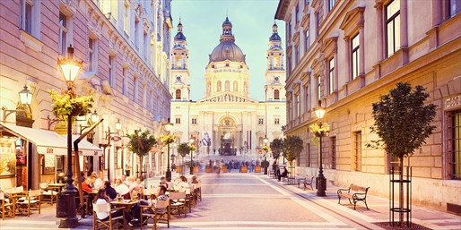 £199 -- 4-Night Budapest & Prague w/Flights, up to 40% Off