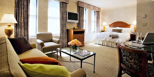 $199 -- NYC: Suite at 4-Star Midtown Hotel w/$100 in Dining