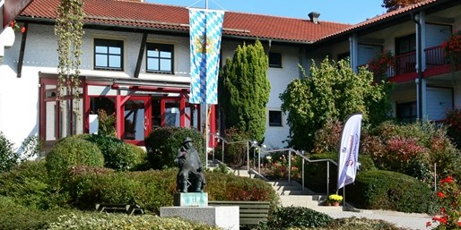 189 € -- 4 Gourmettage in Bayern, Menüs & Wellness, -100 €