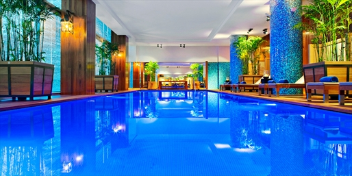 $240 -- Lima: Upscale Hotel w/Drinks Using MasterCard