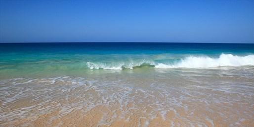 Playa de Santa María, Isla de Sal