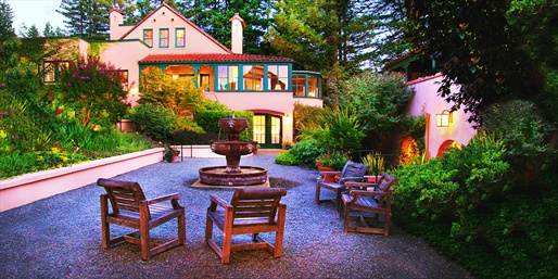 $295 -- Luxe Sonoma Inn incl. 5-Course Dinner, Reg. $570