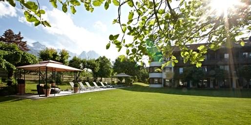 99 € -- Garmisch: Alpentage am Fuße der Zugspitze mit Menüs