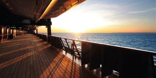 999 € -- Emirate-Kreuzfahrt mit TUI Mein Schiff 2, -300 €