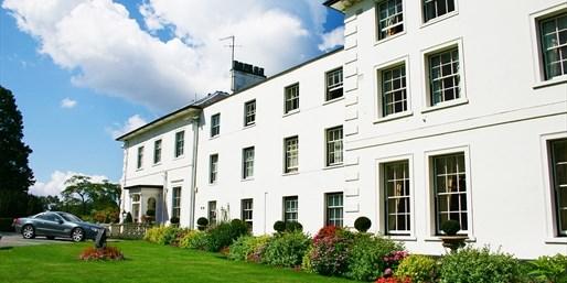 £99 -- Hertfordshire Retreat w/AA-Rosette Dinner, Was £230