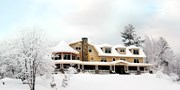 $169 -- New Hampshire: 'World's Best' Resort w/Dinner for 2