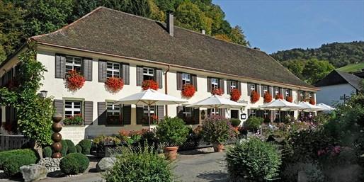 144 € -- Romantiktage im Schwarzwald & Gourmetmenü, -43%