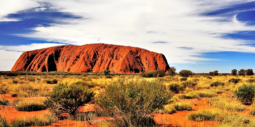 Sydney, Ayers Rock, Cairns & Brisbane Trip w/Air, From $1,799