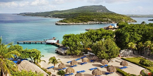 $499 -- Curaçao 4-Star Getaway w/Air, Save $275
