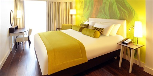 £109 -- Liverpool Stay w/Marco Pierre White Dinner, 42% Off