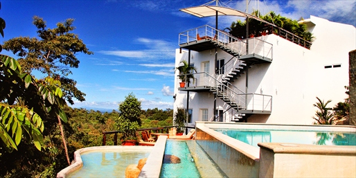 $1038 -- Costa Rica 4-Night Luxe Escape for 2, Reg. $1665