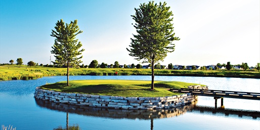 $129 -- Bolingbrook: Golf for 2 w/Clubhouse Lunch, Reg. $272