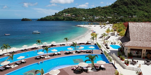 £1149pp -- Deluxe St Vincent All-Inc Holiday w/Upgrade