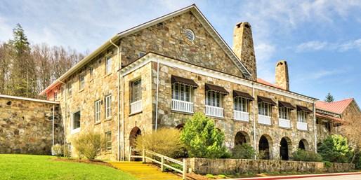 Travelzoo Deal: $99 -- Virginia: Mountain Lodge Getaway w/$75 in Credit