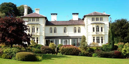 £139 -- Welsh Country House Stay w/7-Course Dining, 52% Off