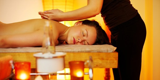 $49 -- Top-Rated Hourlong Thai Massage near Midtown, 50% Off