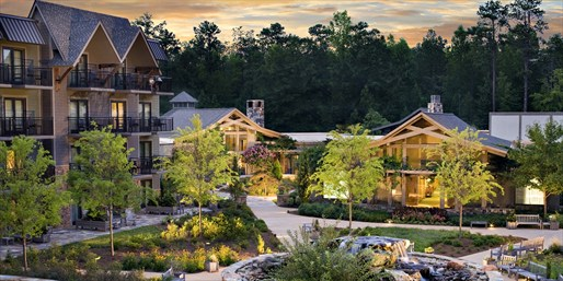 Travelzoo Deal: $169 -- Scenic Callaway Gardens Lodge w/Breakfast, Reg. $308