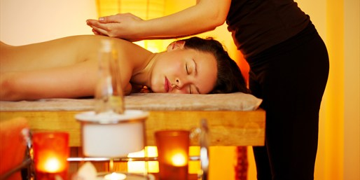 $39 -- Orange County Thai Spa: Massage or Facial, Reg. $90