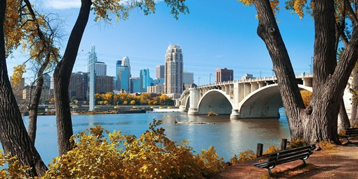 $129 -- Minneapolis Boutique Hotel w/Breakfast, Save 40%